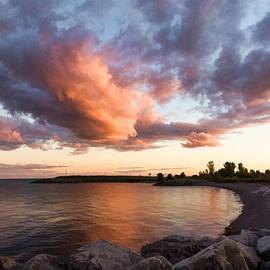 Georgia Mizuleva - Colorful Summer Sunset - Lake Ontario Impressions