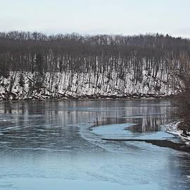 MTBobbins Photography - Connecticut River Ice