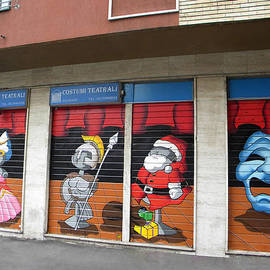 Costume theatriale painted Doors by Nicholas Romano