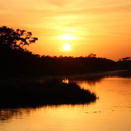 Cynthia Guinn - Creek Sunset