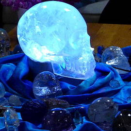 Denise Mazzocco - Crystal Skulls