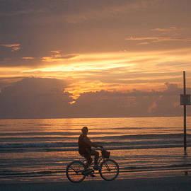 Michael Schwartzberg - Cycling at Sunrise