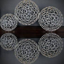 Cynthia Guinn - Decoration Circles