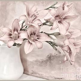 Marsha Heiken - Delicate Lilies