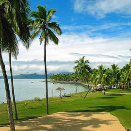 Deneru Beach Fiji by Bob Hislop