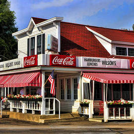 Door County Wilson's Ice Cream Store by Christopher Arndt