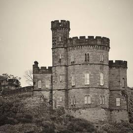 Edinburgh Castle - Royal Palace by AGeekonaBike Fine