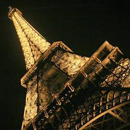 Eiffel by Silvia Bruno