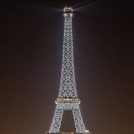 Eiffel Tower Sparkle by Rhonda Krause