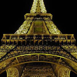Eiffle Tower at night by David Berg