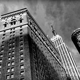 Miriam Danar - Empire State Building - Skyward