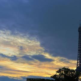 Evening by the Eiffel Tower by Maj Seda
