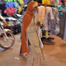 Evening Devotionals - Pahar Ghanj Market - New Delhi by Kim Bemis