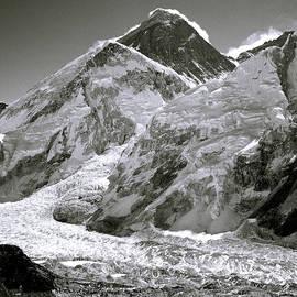 Everest Sunrise by Shaun Higson