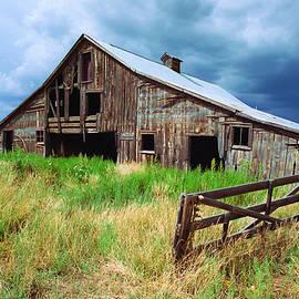 Robert VanDerWal - Exit 166 Barn