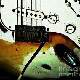 Chris Berry - Fender Detail