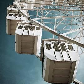 Carlos Caetano - Ferris Wheel