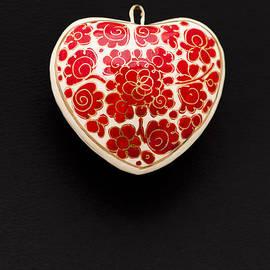 Anne Gilbert - Festive Heart