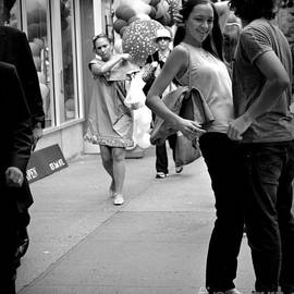 Miriam Danar - Fooling Around - Young Couple - NYC