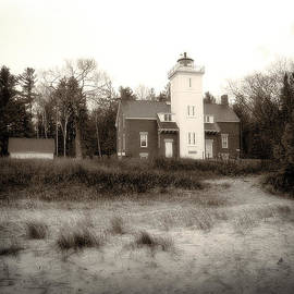 Forty Mile Point Light by Scott Hovind