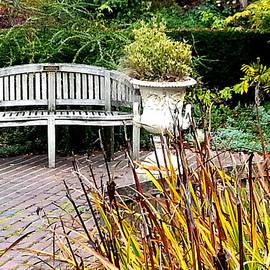 Nikki Dalton - Garden Bench