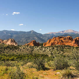 Garden Of The Gods And Pikes Peak - Colorado Springs by Brian Harig