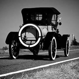 Getaway Car by D L Darden