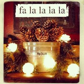 Gilded Pine Cones And Pine Cone Lights