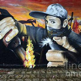 Bob Christopher - Graffiti Art Curitiba Brazil 10
