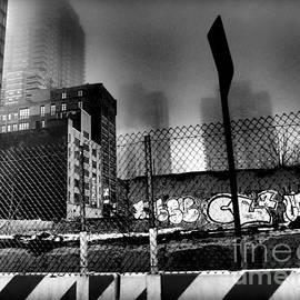 Miriam Danar - Graffiti Noir