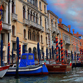 Grand Canal by Reese Lewis