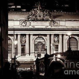 Miriam Danar - Grand Central as seen from Pershing Square