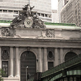 Grand Central Station by Simone Blakeney