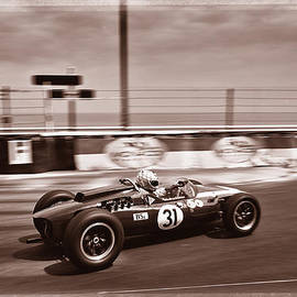 Grand Prix de Monaco 15 by George Seymor