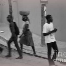 Tracey Hampton - Haiti on the street