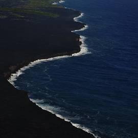 Hawaiian Goddess Meets the Sea by Tara Miller