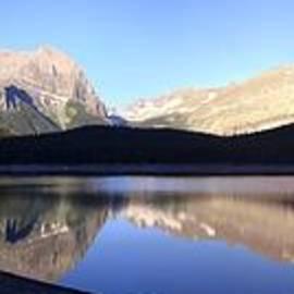 Sunrise Reflection Hike - Kananaskis Lakes, Alberta by Ian Mcadie