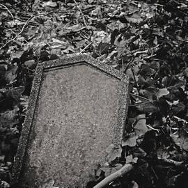 Odd Jeppesen - Here Lies...