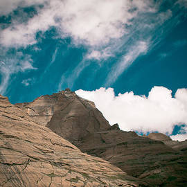 Raimond Klavins - Himalyas mountains in Tibet with clouds