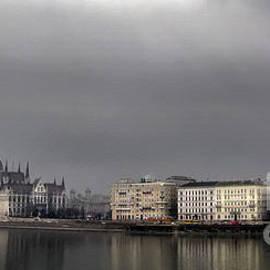 Daliana Pacuraru - Hungarian Parliament Building Budapest