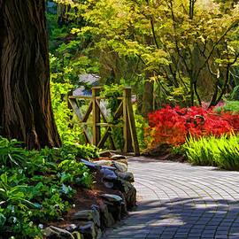 Jordan Blackstone - I Walk Through The Garden Alone