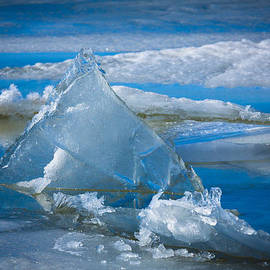 Inge Johnsson - Ice Triangle