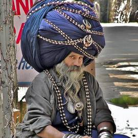 Kim Bemis - Its All in the Head - Rishikesh India