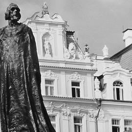 Nigel Radcliffe - Jan Hus statue Prague