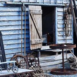 Blue Barn Entrance At Jaynes Reliable Antiques And Vintage by Kim Bemis