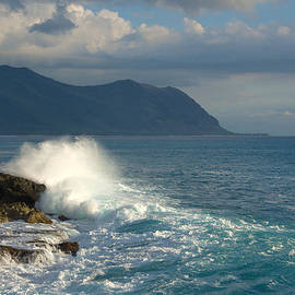 Brian Harig - Kaena Point State Park Crashing Wave - Oahu Hawaii