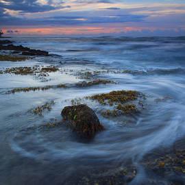 Mike  Dawson - Kauai Tides