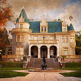 Kimberly Crest Manor - Vintage View by Glenn McCarthy