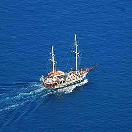 Colette V Hera  Guggenheim  - King Thiera Boat of too the Vulcano Island Santorini