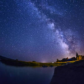 Lake Cascade and Milky way by Vishwanath Bhat